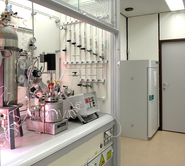 Gas reactor laboratory for polymerization and gas process simulations.